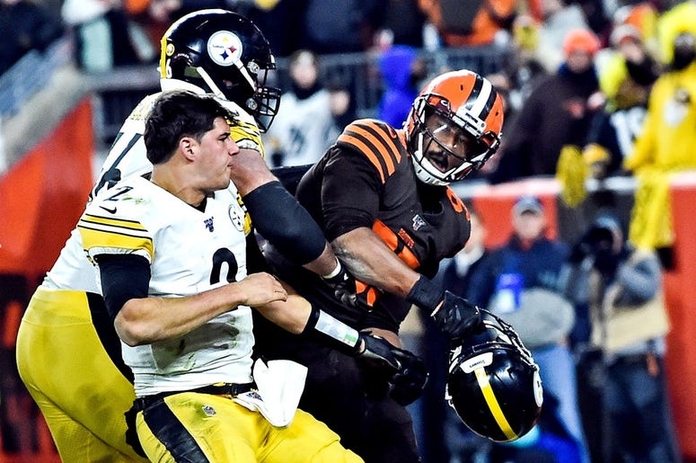 Steelers v Browns