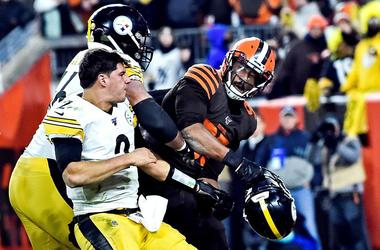 Steelers v Browns