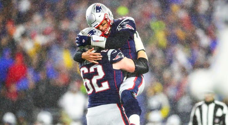 Tom Brady, Joe Thuney