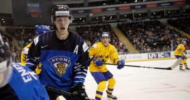 Urho Vaakanainen Boston Bruins