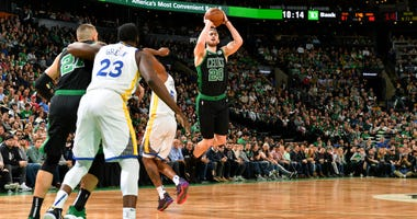 Celtics wing Gordon Hayward