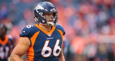 Offensive tackle Jared Veldheer
