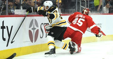 Brad Marchand Boston Bruins Jonathan Bernier Detroit Red Wings
