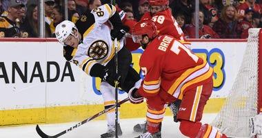 Karson Kuhlman Boston Bruins Calgary Flames