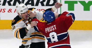 Shawn Thornton fights Brandon Prust of the Montreal Canadiens