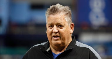 Former Patriots offensive coordinator Charlie Weis