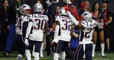 Stephon Gilmore, Devin McCourty