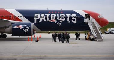 Patriots team plane