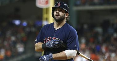 Mitch Moreland is headed back to the Red Sox
