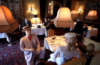 Mannequins restaurants