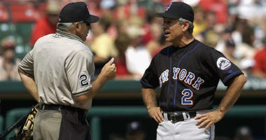 Manager Bobby Valentine of the New York Mets argues with home plate umpire Larry Vanover #27 during the MLB game against the St. Louis Cardinals at Busch Stadium on August 10, 2002 in St. Louis, Missouri. The Cardinals won 5-4.
