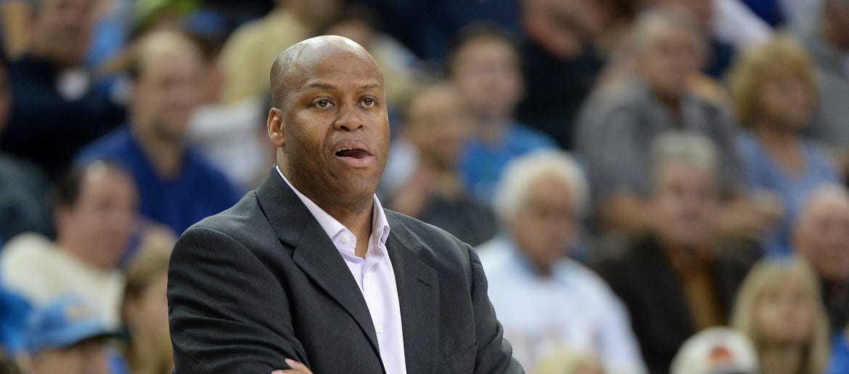Knicks VP Craig Robinson named NABC Executive Director