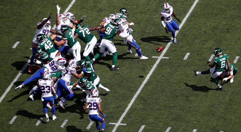 Kaare Vedvik #6 of the New York Jets misses a wild goal against the Buffalo Bills during their game at MetLife Stadium on September 8, 2019