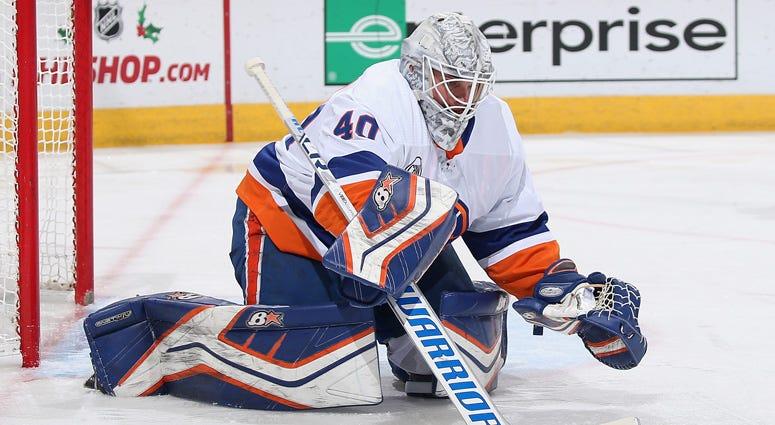 Islanders goalie Robin Lehner