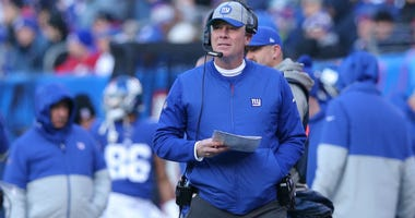 East Rutherford, NJ, USA; New York Giants head coach Pat Shurmur coaches against the Miami Dolphins during the second quarter at MetLife Stadium on Dec 15, 2019.