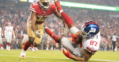 Giants wide receiver Sterling Shepard catches the game-winning touchdown pass against San Francisco 49ers free safety D.J. Reed during the fourth quarter on Nov. 12, 2018, at Levi's Stadium.