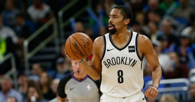 Spencer Dinwiddie during the second half against the Orlando Magic at Amway Center