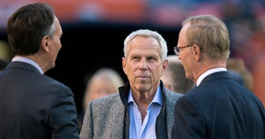 Oct 15, 2017; Denver, CO, USA; New York Giants Executive Vice President Steve Tisch (C) before the game against the Denver Broncos at Sports Authority Field at Mile High.