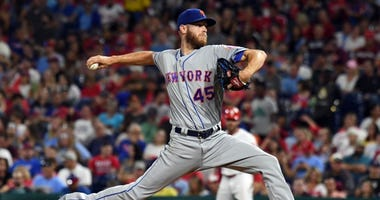 New York Mets starting pitcher Zack Wheeler (45) pitches in the fifth inning against the Philadelphia Phillies on Aug 30, 2019 at Citizens Bank Park.