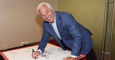 Bobby Valentine at a charity event.