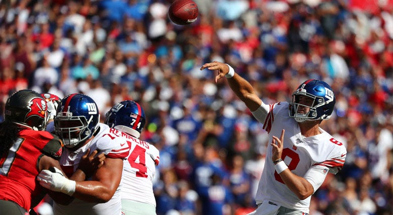 Giants quarterback Daniel Jones throws the ball against the Buccaneers on Sept. 22, 2019, in Tampa, Florida.