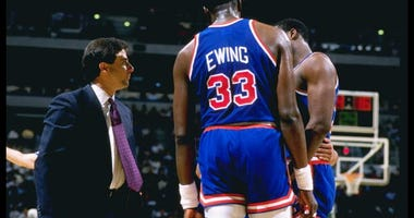 Patrick Ewing speaks with then-Knicks head coach Rick Pitino.