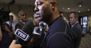 Yankees closer Mariano Rivera assures he will return in 2013.