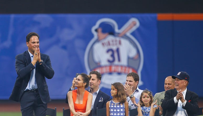 Mike Piazza waves to the fans before his number retirement ceremony before the start of a game between the Colorado Rockies and Mets at Citi Field on July 30, 2016.