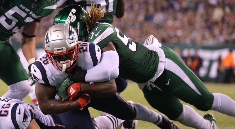 Patriots running back Sony Michel dives for a touchdown against Jets linebacker C.J. Mosley Oct 21, 2019; East Rutherford, NJ