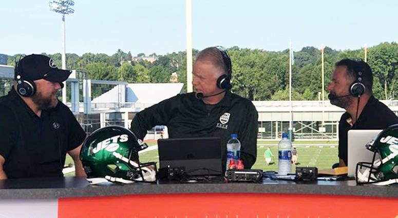 Jets general manager Joe Douglas chats with Boomer and Gio on Aug. 12, 2019.