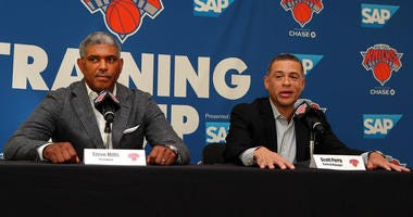 Knicks president Steve Mills (left) and general manager Scott Perry