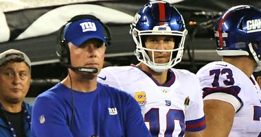 Giants coach Pat Shurmur and quarterback Eli Manning