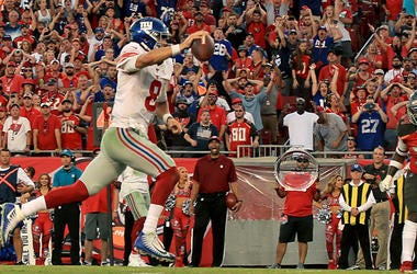 Giants quarterback Daniel Jones scores a fourth-quarter touchdown during a game against the Buccaneers on Sept. 22, 2019, in Tampa, Florida.