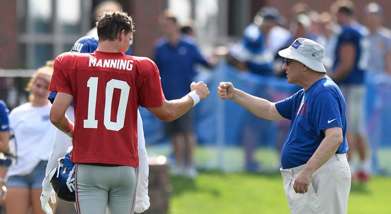 Giants quarterback Eli Manning and general manager Dave Gettleman