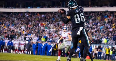 Zach Ertz of the Eagles makes the game-winning touchdown reception in overtime against the Giants on Dec. 9, 2019, at Lincoln Financial Field in Philadelphia.