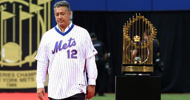 New York Mets former pitcher Ron Darling is introduced to the crowd during a pregame ceremony honoring the 1986 World Series Championship team prior to the game against the Los Angeles Dodgers at Citi Field on May 28, 2016.