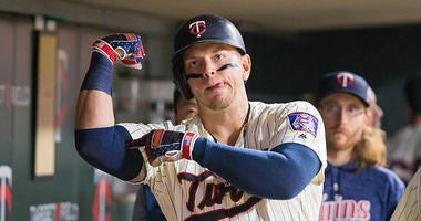 Yankees Sign Logan Morrison To Minor-League Deal