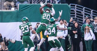Jets safety Marcus Maye intercepts a pass during the first half against the Pittsburgh Steelers Dec 22, 2019; East Rutherford, New Jersey