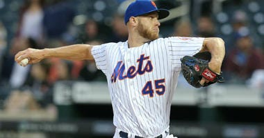 Zack Wheeler pitches against the Pittsburgh Pirates during the first inning at Citi Field.