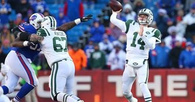 Jets quarterback Sam Darnold passes the ball against the Buffalo Bills during the fourth quarter on Dec. 9, 2018, at New Era Field in Orchard Park, New Jersey.