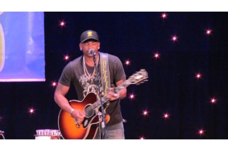 Jimmie Allen Performing