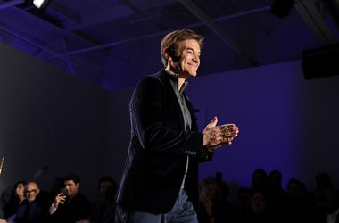 Dr. Oz talked with Jason and Corinna about COVID-19.