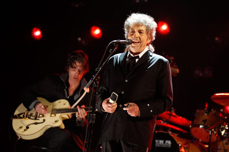 Bob Dylan With Guitarist Behind Him