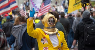 """A \""""Reopen Pennsylvania\"""" rally in front of Harrisburg's Capitol building drew 2000 people to hear speakers and show solidarity. Ydr 041220 Pmk Coronavirus Protest"""