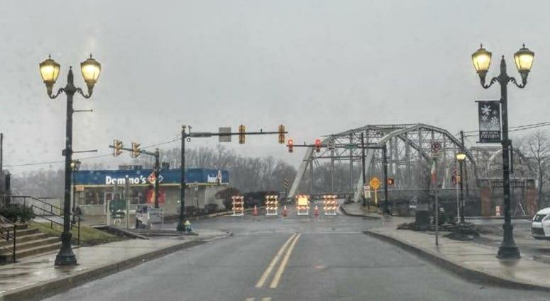 Firefighters Memorial bridge