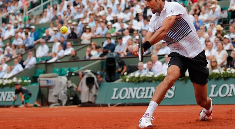 The Latest Djokovic Trails 2 1 Against Schwartzman In Paris Wilk Fm