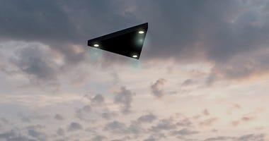 triangular ufo