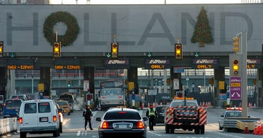 Holland Tunnel Christmas decorations