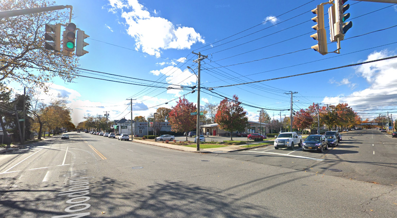 Intersection of Bethpage Road and Woodbury Road in Hicksville