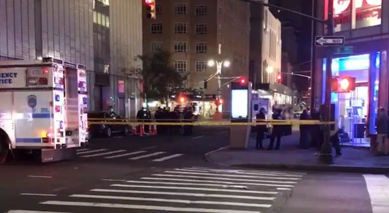 Dead body found in Manhattan manhole by utility workers